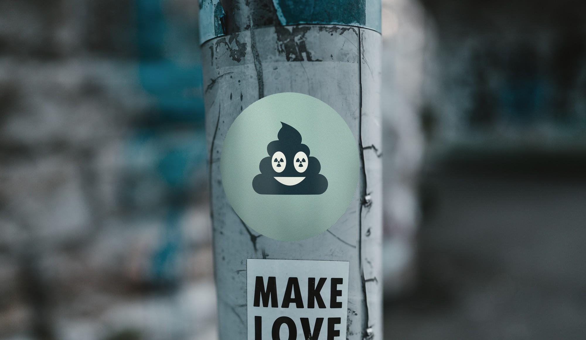 - hhe_header_sticker.jpg